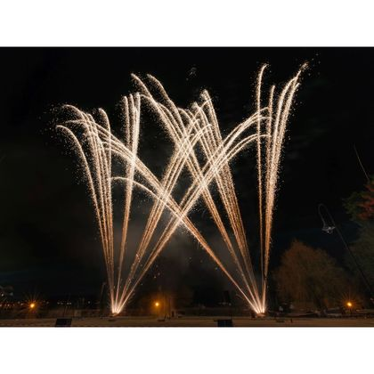 38 mm Roman Candle 8 shot Glittering Tail